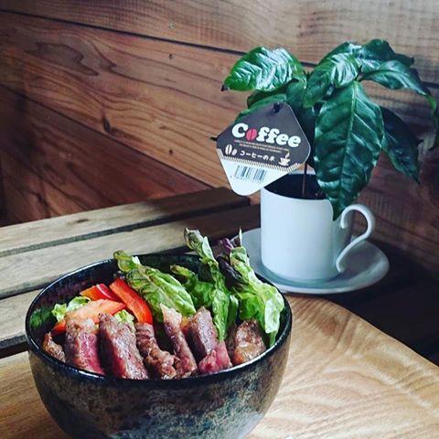 ツリーハウスカフェ nicorico(ニコリコ) 丼